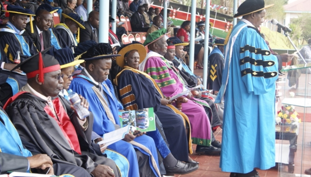 UoK VC, Prof. Kipngeno delivering his speech during 2014 graduation